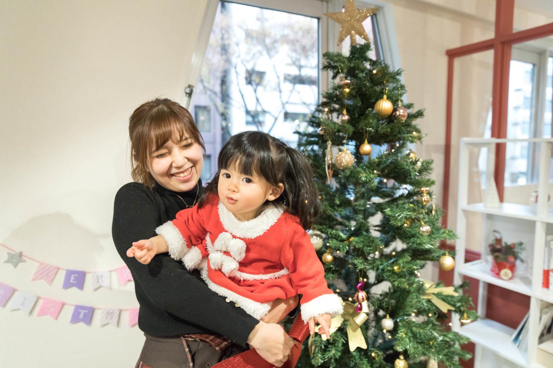 Koji Takayanagiの出張撮影したクリスマスのキッズ写真 (エミリィ)