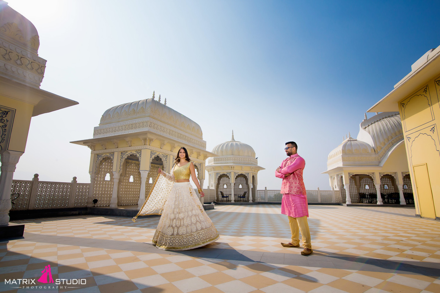 Indian Couple with beautiful architecture — Photo by Matrix Studio