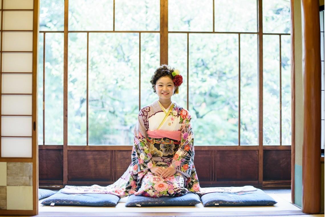 アトリエ エピカ(清水 一哉)が出張撮影した美しい成人式写真(エミリィ)