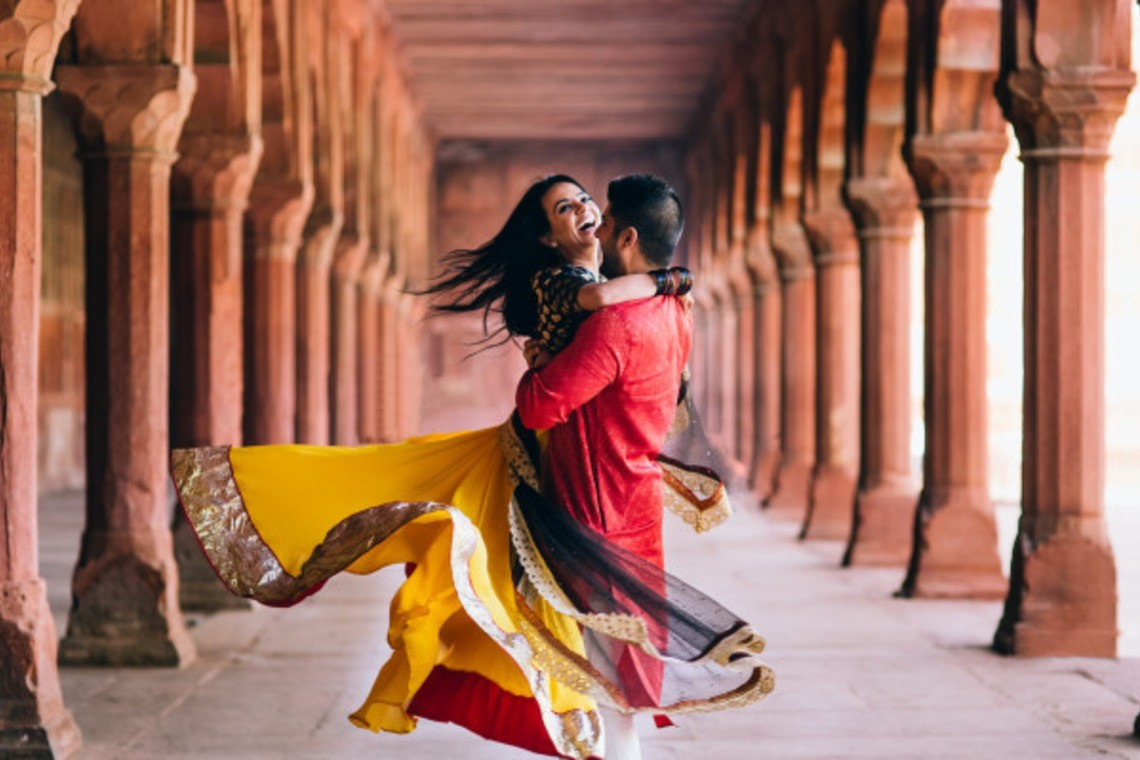 Happy Couple in India — Photo by Magica