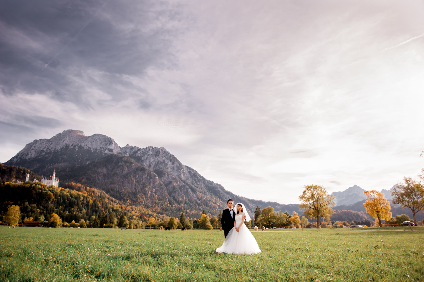 Prewedding Bavarian Photo Shoot in Wedding Dress with King Louis II of Bavaria's Castle